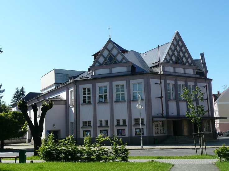 Krnovské divadlo