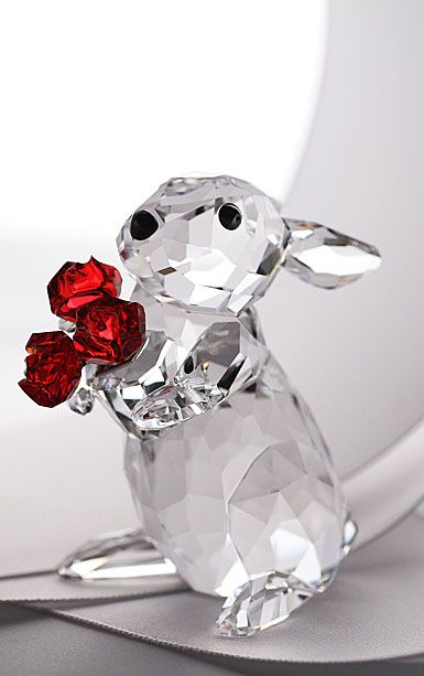 Rabbit w/Roses - Moments Collection