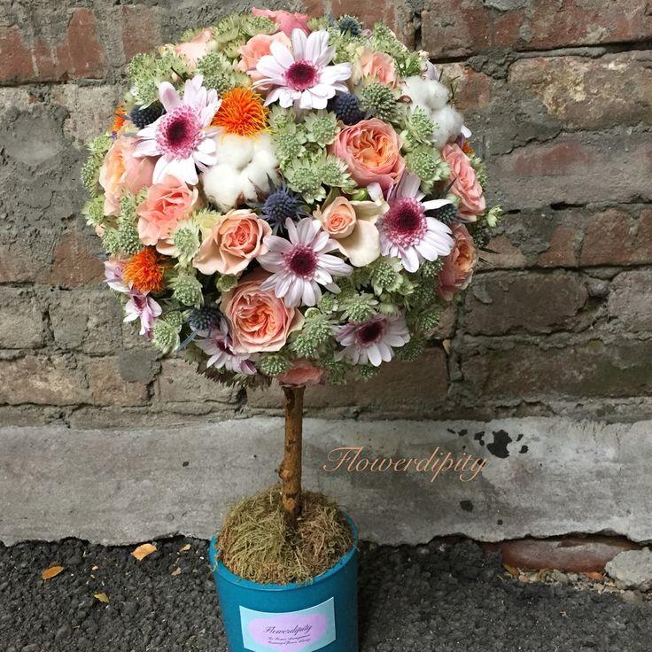 Flowerdipity tree  #flowers #tree #vuvuzela #roses #cotton #flowerdipity