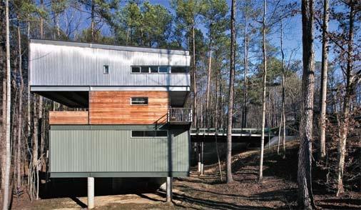 casa de materiais recicláveis: Done, House, This House