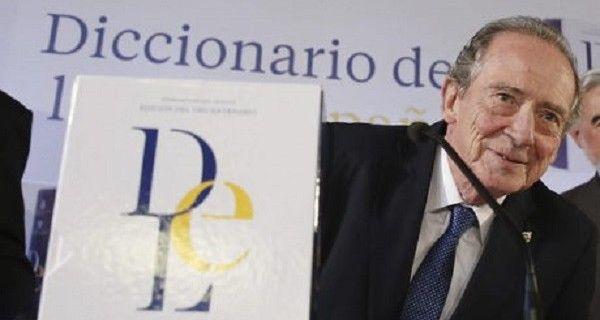 """Un artículo de la Constitución Nacional habla de """"venezolanos y venezolanas"""" A la Real Academia Española (RAE) le llamó la atención el uso creciente de un"""