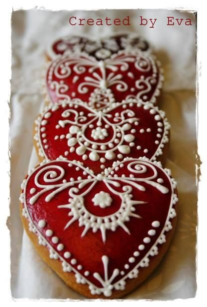 Intricate and yummy-looking - who could ask for anything more for Valentine's Day?