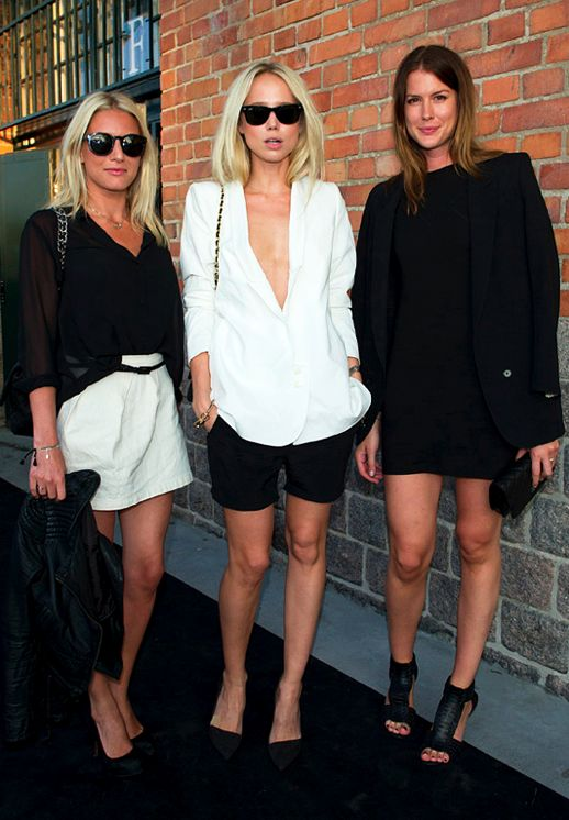 Elin Kling & friends in black & white summer looks #style #fashion #streetstyle