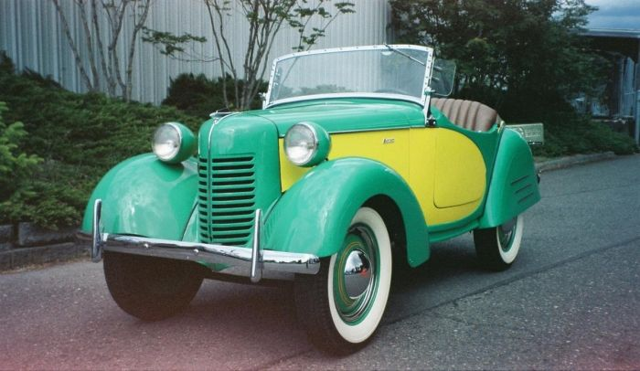 Austin Cab Company >> 1000+ images about 1940 - 1944 Automobiles on Pinterest | Plymouth, Dodge pickup and Literature