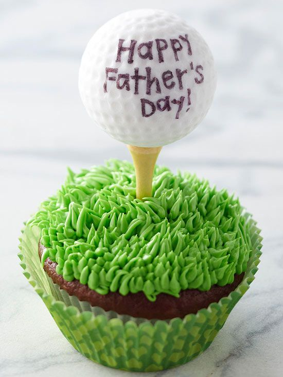 Satisfy Dad's sweet tooth with these golf-themed cupcakes. How-to instructions: ...