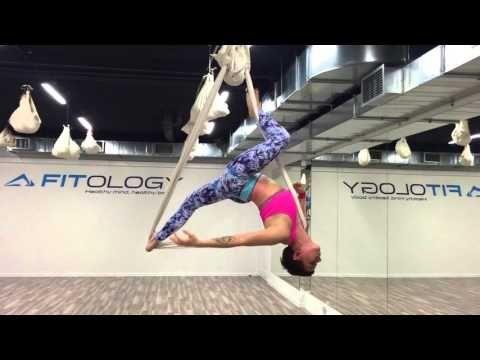 Aerial joga - vol. 2 - Justyna Miesiak - FITOLOGY - YouTube