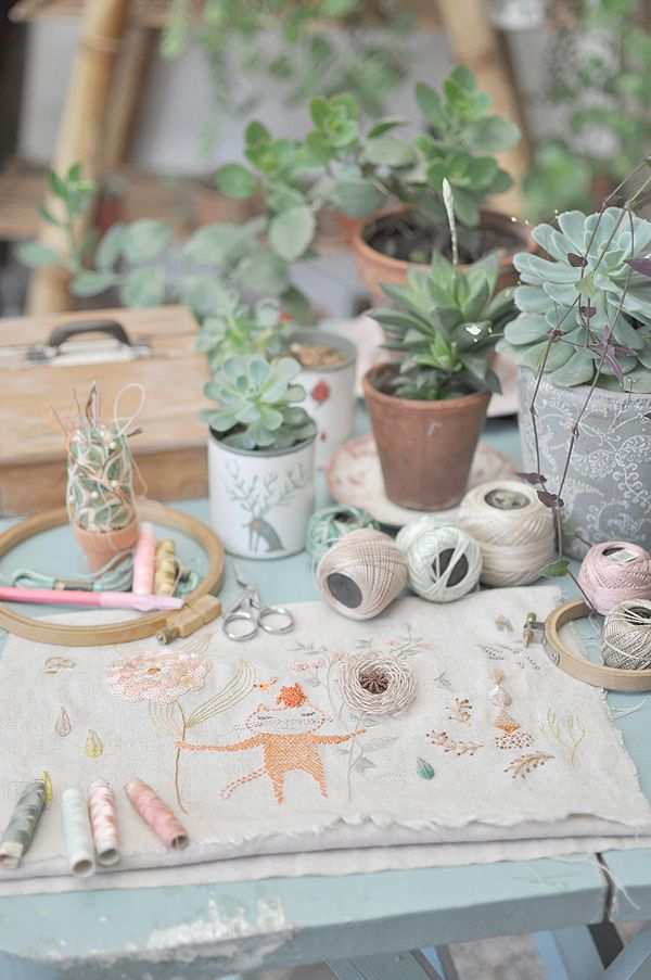 succulents via Gatita-en-el-jardin: Succulent, Crumb, Embroidery, De Pan, Diy, Craft Ideas, Embroidery