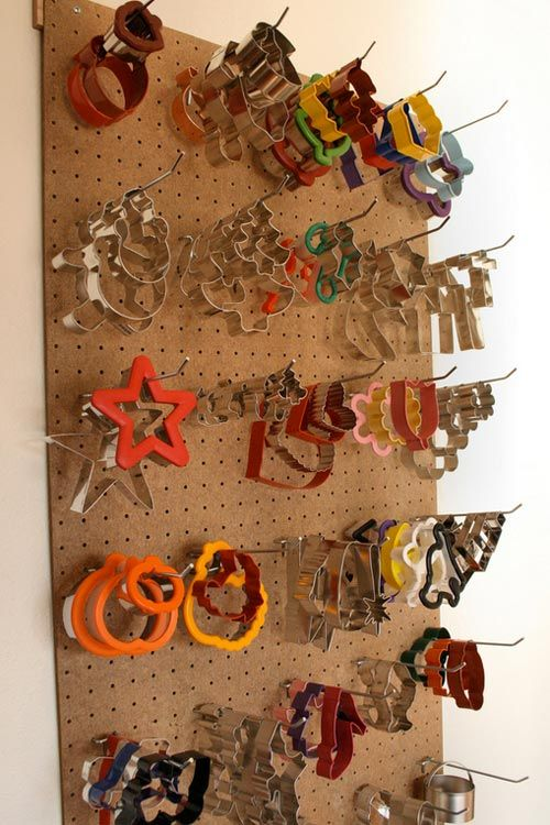 10 Creative Solutions to Store Your Cookie Cutters | eatwell101.com