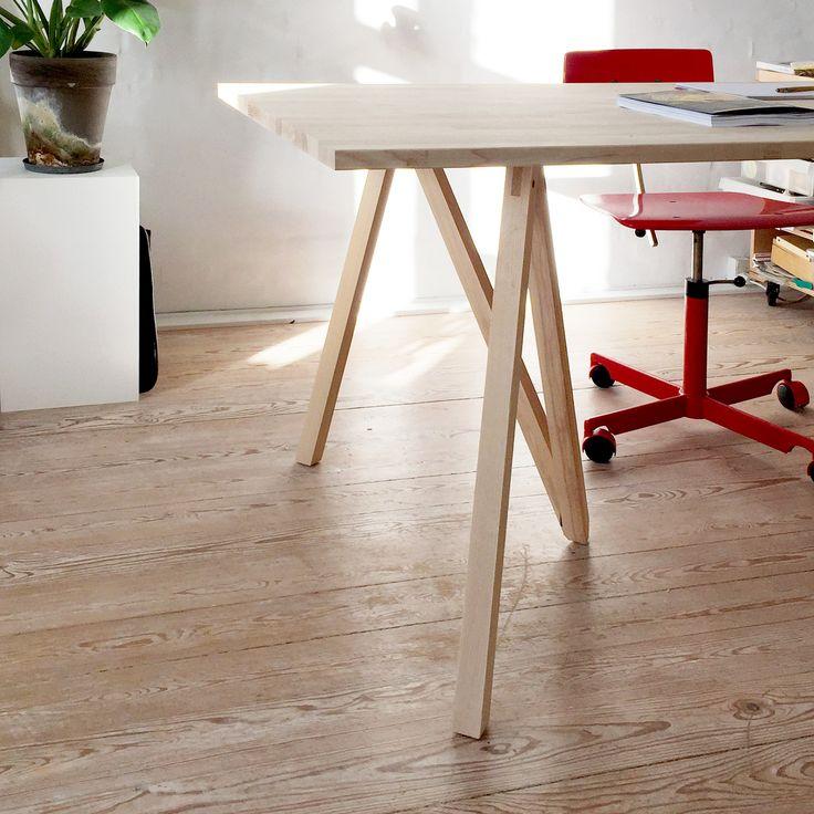 Hello sunshine, please meet Accordion, the table trestle, here holding up a wooden tabletop. #mwa #makerswithagendas #mwadesign #agendadrivendesign  #nomadicliving #minimallogistics