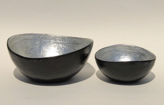 Bowl paper mache universal black with silver leaf