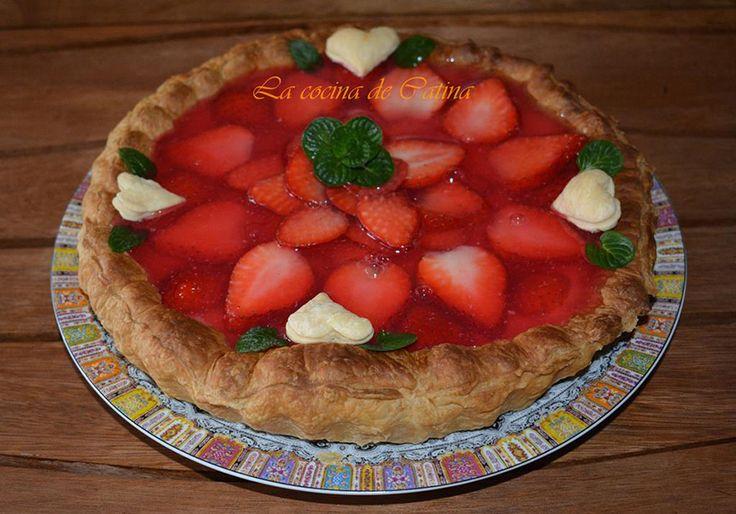 La cocina de Catina: Tarta de hojaldre con crema pastelera y fresas