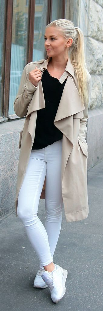 Tendance Chaussures 2017/ 2018 : Jos Secret Beige Trench Outfit Inspo