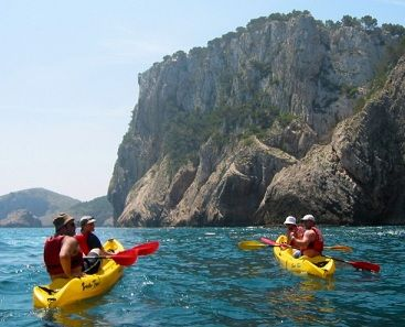 kayaking on barcelona beach | ... THINGS TO DO OUTSIDE BARCELONA - Moving to Barcelona - JUSTLanded! BCN