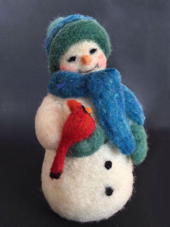 Needle Felted Snowman with cardinal von SebagoFiberDesigns auf Etsy