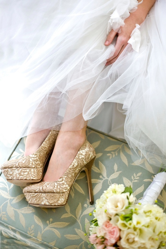 perfect wedding shoes. Something a little different.