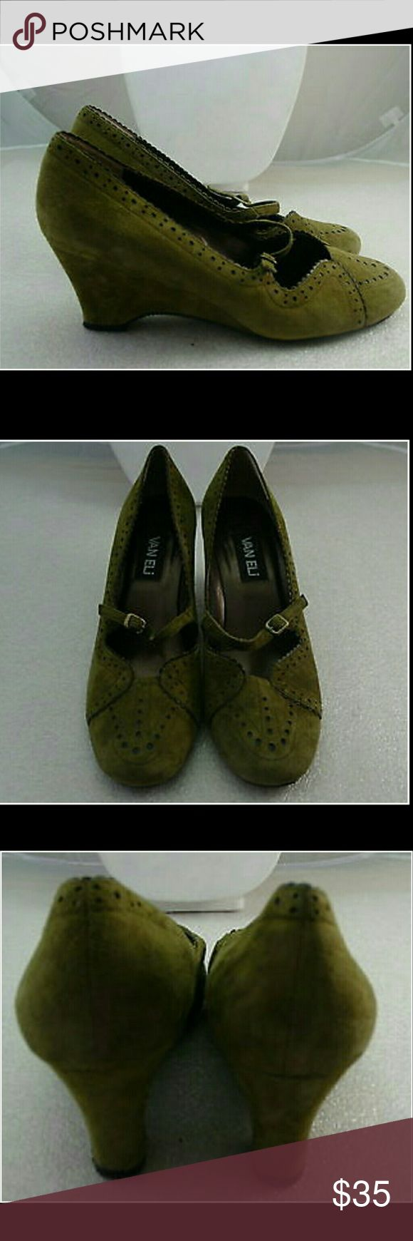 Vaneli Suede Olive Green Wedge Mary Jane Shoes 9 Vaneli Suede Olive Green Wedge Mary Jane Shoes. Only worn a few times. Sz. 9 Scalloped Leather design Vaneli Shoes Wedges