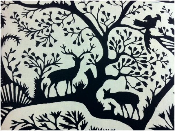 DSO130 XX Thomas Paul Scandinavian Modern Folk Art Nature Silouhette Graphic Print Illusration Squirrel Deer Wildlife Cotton Percale Heavy Fabric Noir
