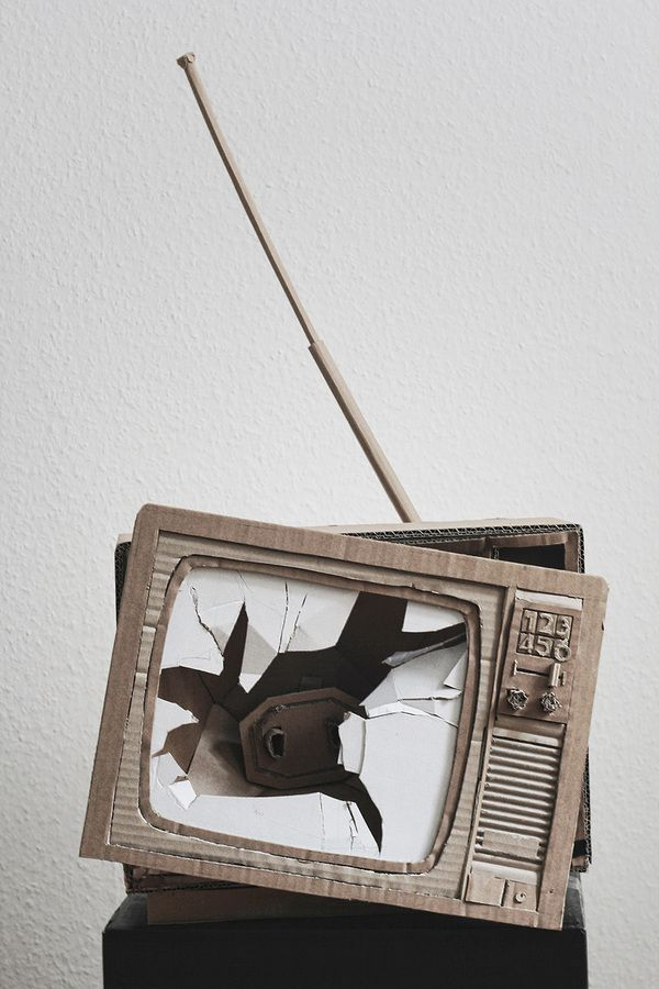 Analog Entertainment (TV, VHS