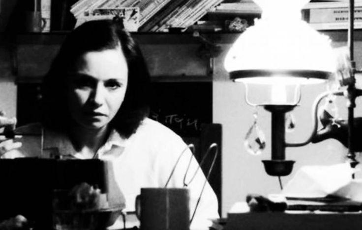 Κατερίνα Γώγου Μη με αποδεχτεί η ράτσα που μας έλιωσε 1.6.1940 -3.10.1993