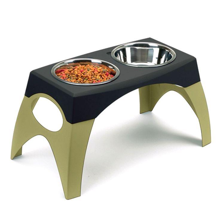 """Alimentador elevado con platos """"Bergan"""""""