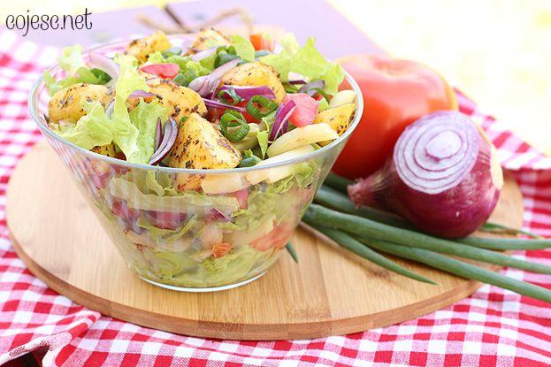 Sałatka z ziemniaczkami (idealna na grilla) | Zdrowe Przepisy Pauliny Styś