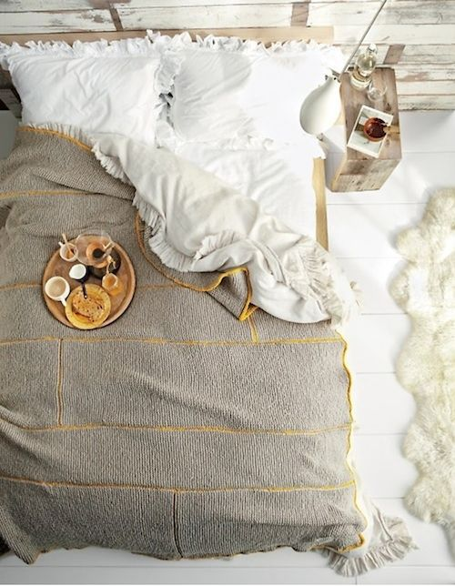 breakfast in bed: Decor, Breakfast In Beds, Colors, Martha Stewart, Knit Blankets, Bedrooms, Knits Blankets, Ruffles, Cozy Beds