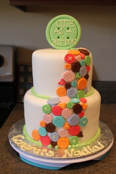 Cute as a Button. I could make this one too!! I love this cake