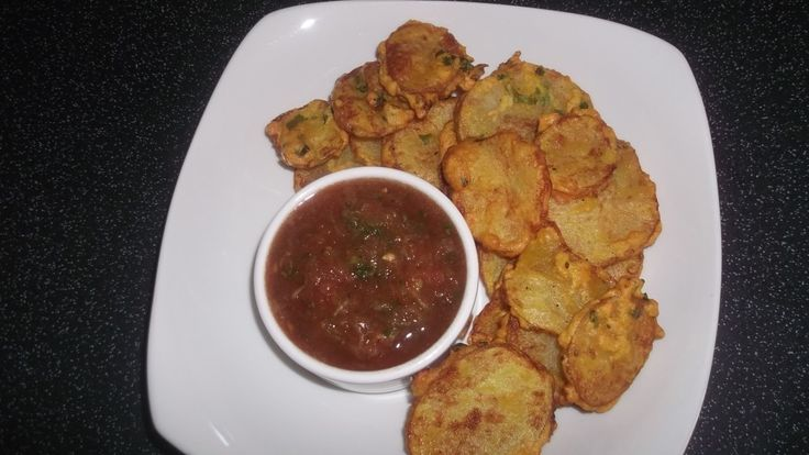 Maru Bhajia Recipe (Crispy Potato Bhajia)