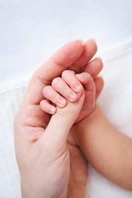 effect of touch on infants Other research in the area of preterm infant massage therapy has focused on the delivery of massage therapy protocols this research includes studies on mothers or parents as the therapists, on the use of oils to enhance the therapy effects and on hospital cost savings.
