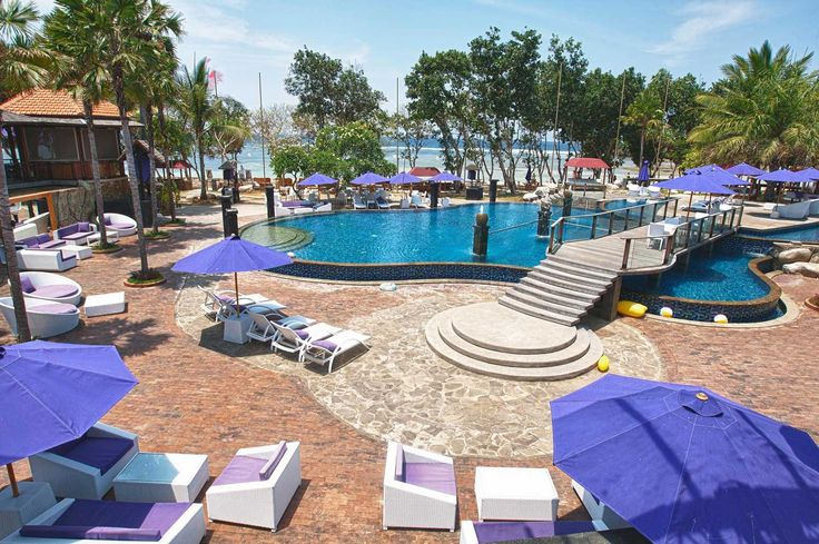 Agendaz Beach Club - let's have a party and eat Thai food in Nusa Dua, Bali. Contact us for more information or to reserve your table for dinner.