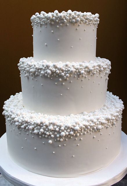 Pearl Drops Wedding Cake. simple, elegant and fabulous. could also add some of the color scheme in without over doing it