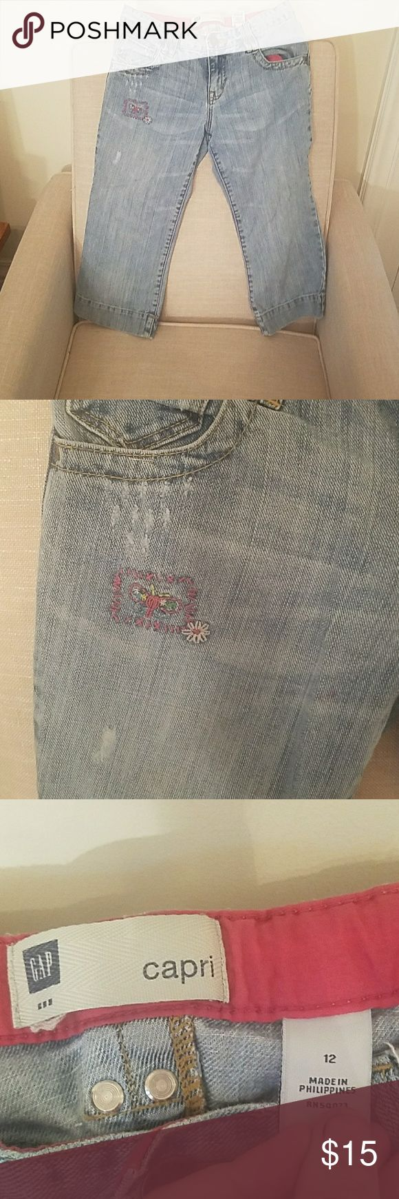 Gap Kids Capris Size 12 Cute Gap Kids Capris Size 12! They have a couple cute patchwork pieces! Only worn a handful of times!!! GAP Bottoms Jeans