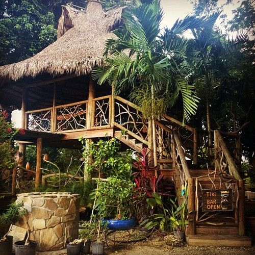Tiki Hut Restaurant: 154 Best Images About THATCHED HUTS On Pinterest
