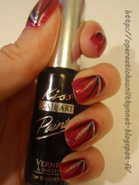 Flormar / KoneHelsinki U24, Kiss Nail Art Paint SPA12 Black & Kiss Nail Art Paint SPA10 Silver Glitter