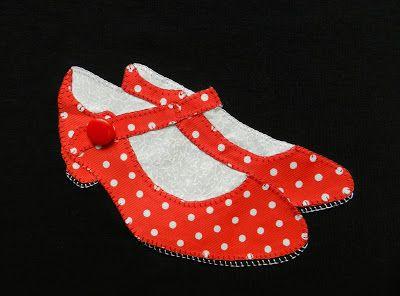 Camisetas patchwork, patchwork, aplicaciones, camisetas zapatos de flamenca, zapatos andaluces, camiseta zapatos patchwork