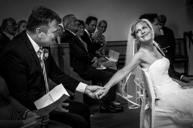 Hochzeitsfotos Braut mit Vater in Düsseldorf
