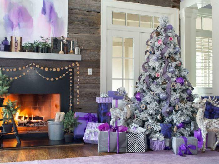 decorar arbol de navidad, tendencias 2017, árbol artificial blanco con efecto de nieve, decoración en color morado
