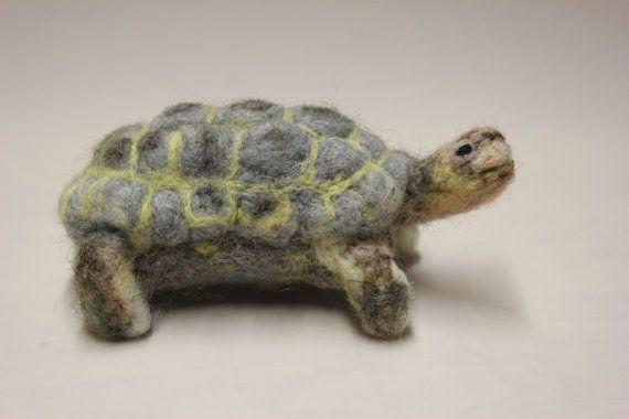 Nadel Filz Tortoise Filz Tier von DaliaNerijusFelt auf Etsy