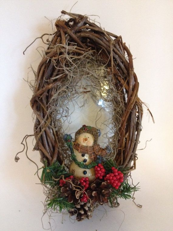 349 Best Wreaths Amp Door Decor Images On Pinterest Crowns