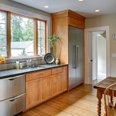 Paint Colors For Kitchens With Oak Cabinets Design Ideas, Pictures, Remodel, and Decor - page 9