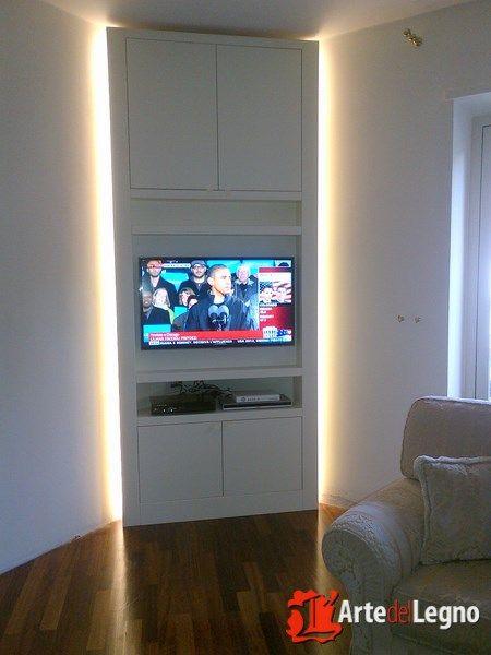 Armadio su misura porta tv con applicazione led