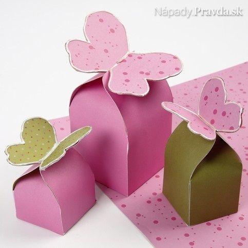 Papierová krabička s motýlikom