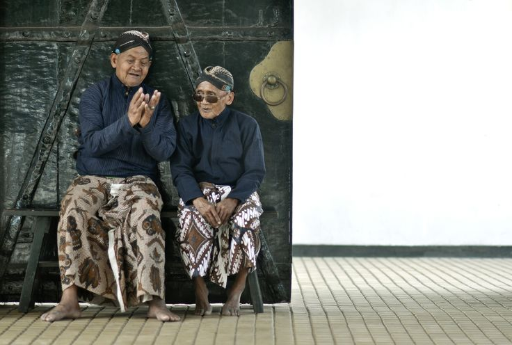 """Chat time by Indra Supriadi on 500px   Two old men at the Keraton in Yogyakarta, a Javanese Royal Palace in Central Java, Indonesia. They are called """"Abdi Dalem""""."""