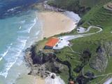 A solo 3 minutos tenemos la Playa de Vidiago o Bretones by Bufon de Arenillas Hotel, via Flickr