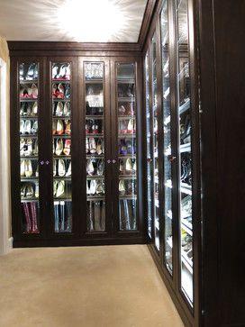 Sable Glow Closets traditional closet