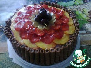 Торт шоколадно-фруктовый с халвой