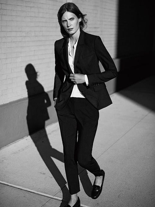 classic black suit & flats #style #fashion #workwear