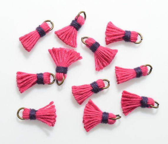 Fuchsia Mini Thread Tassel Pendant, Jewelry Supplies, Jewelry Making, Burnished Gold - 4pcs / RG0005-BGFC