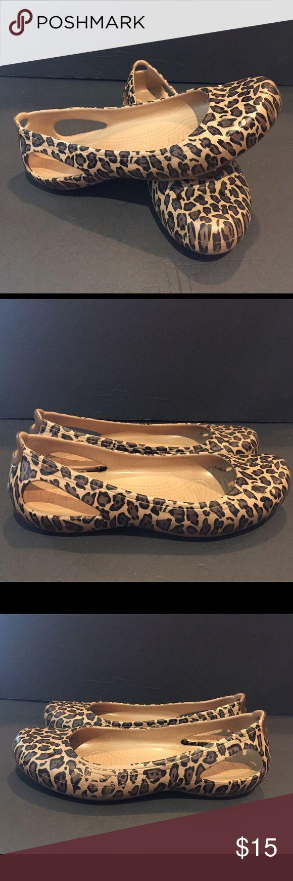 CROCS Lina Leopard 9 Shoes Animal Cheetah Flats CROCS Lina Leopard Womens US Size 9 Shoes Animal Cheetah Slingback Flats CROCS Shoes Flats & Loafers
