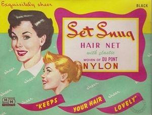 Het haar netjes, dank zij haarnetjes !